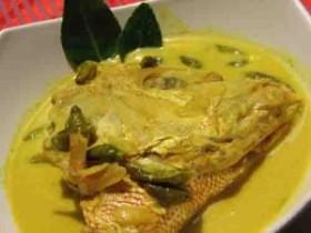Gulai lauak karang (credit: http://ayokepessel.blogspot.com/2013/01/gulai-lauak-karang-delicious-culinary.html)