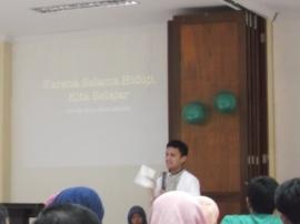 Sesi bedah buku oleh Bang Faldo
